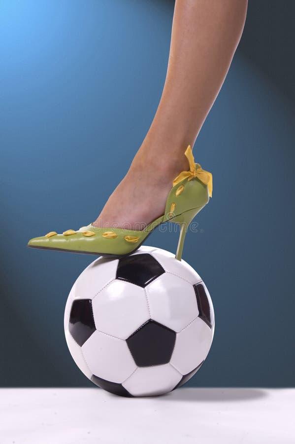 Download Blå momfotboll arkivfoto. Bild av elegans, kick, högt, sexigt - 284398