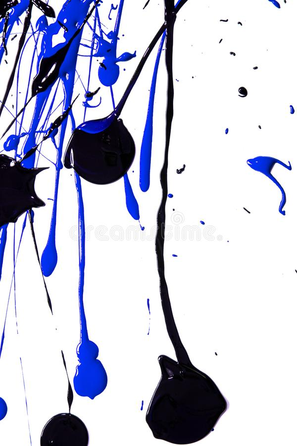 Blå och svart akrylmålarfärg plaskar och fläckar för bakgrund arkivfoton