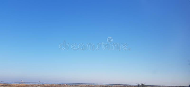 Blå ren himmel royaltyfri foto
