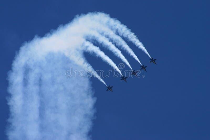 blå show för luftängel arkivfoto