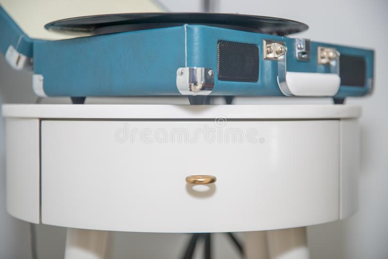 Blå skivspelare för tappning arkivfoto