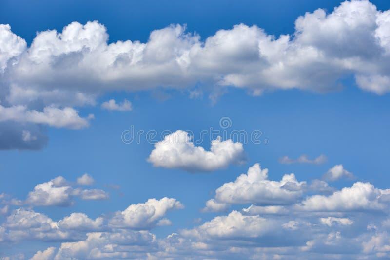 blå sky för bakgrund royaltyfri foto
