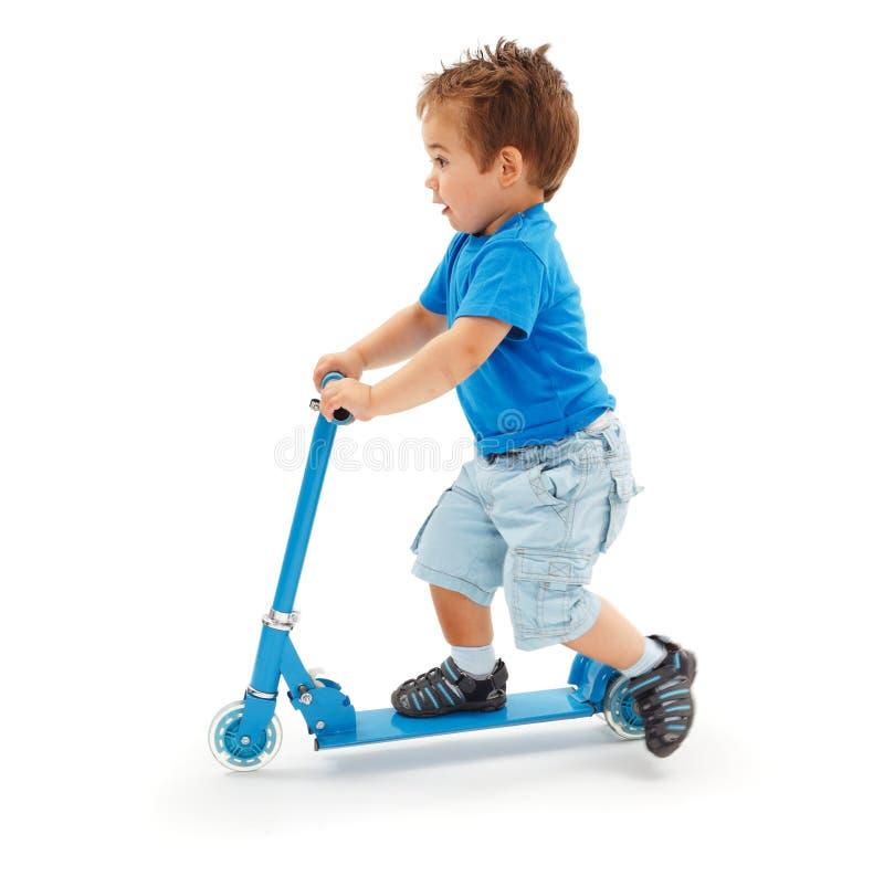 blå sparkcykeltoy royaltyfri foto