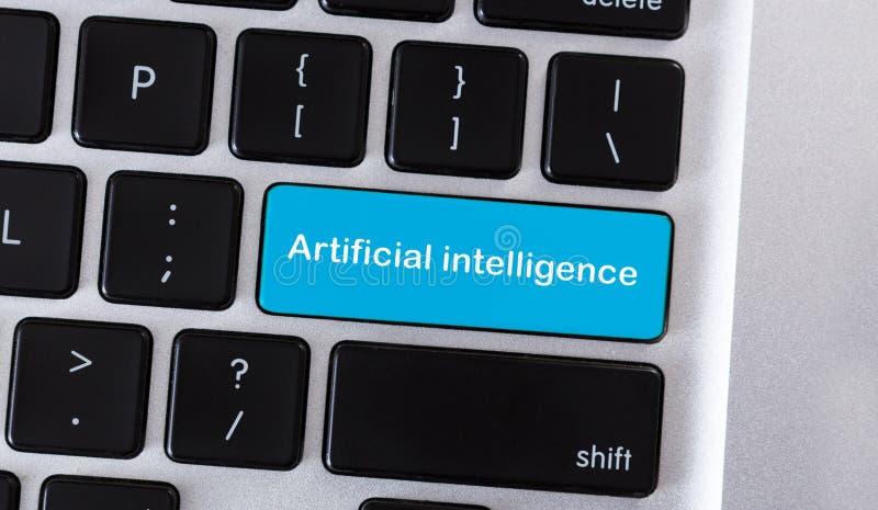 Blå tangentbordknapp med konstgjord intelligens för text royaltyfri foto
