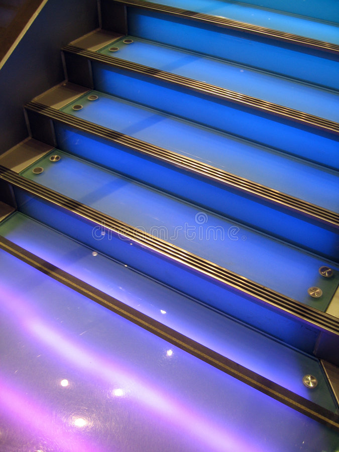 blå trappuppgång royaltyfri foto
