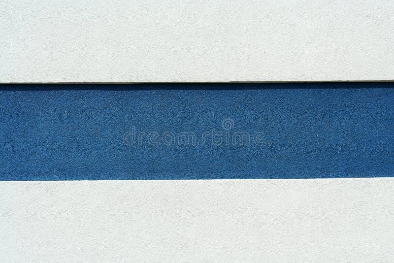 blå väggwhite för bakgrund arkivfoton