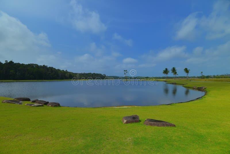 Blå wonderfull Indonesien för Sky6 Batam Bintan arkivbild