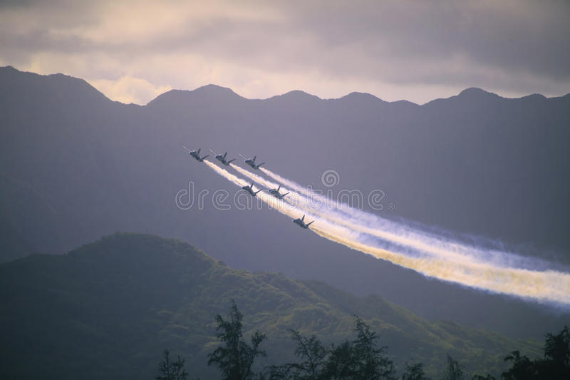 Blåa änglar på Kaneohe Airshow arkivfoto