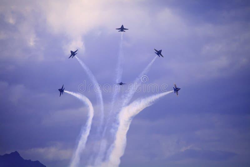 Blåa änglar på Kaneohe Airshow fotografering för bildbyråer