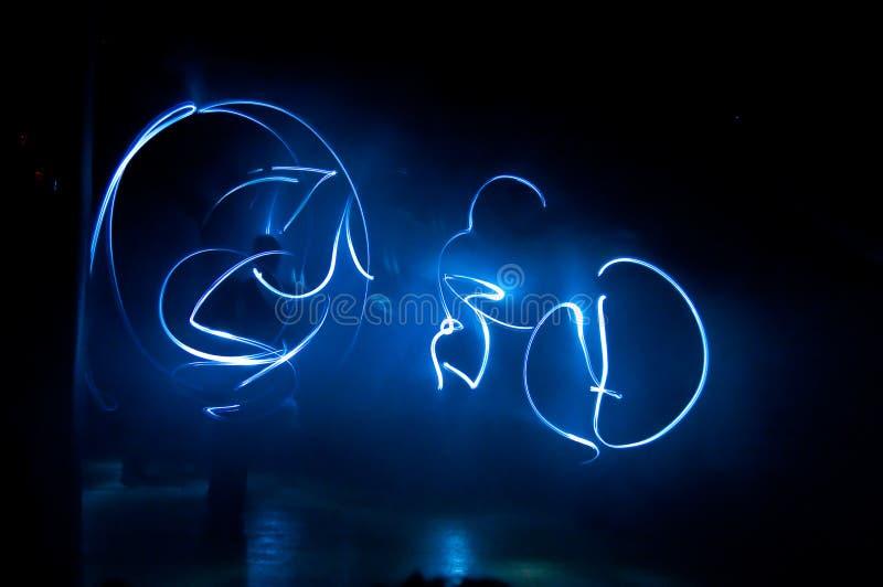 Blåa ljus i mörker royaltyfri fotografi