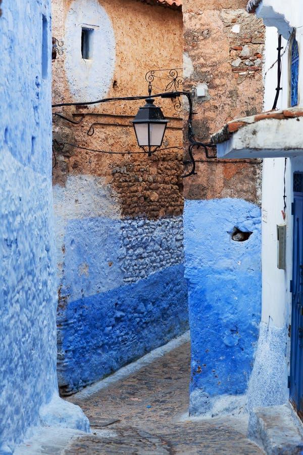 Blåa medina av den Chefchaouen staden i Marocko, Nordafrika arkivbild