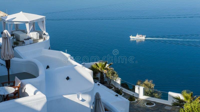 Blåa och vita Santorini royaltyfri fotografi