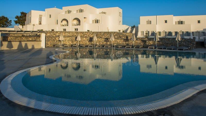 Blåa och vita Santorini royaltyfria foton
