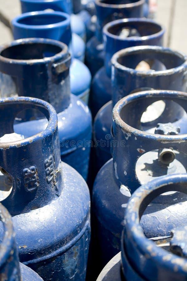 blåa propanebehållare royaltyfria foton