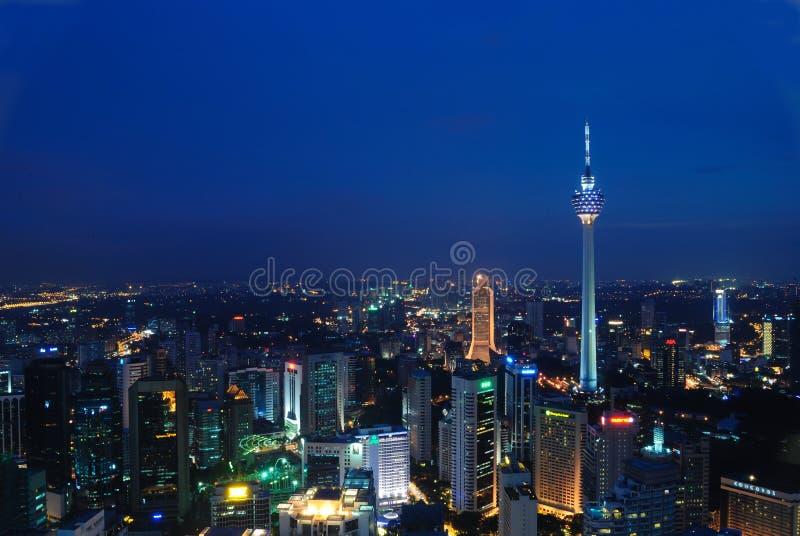 blåaktig kl-natt fotografering för bildbyråer