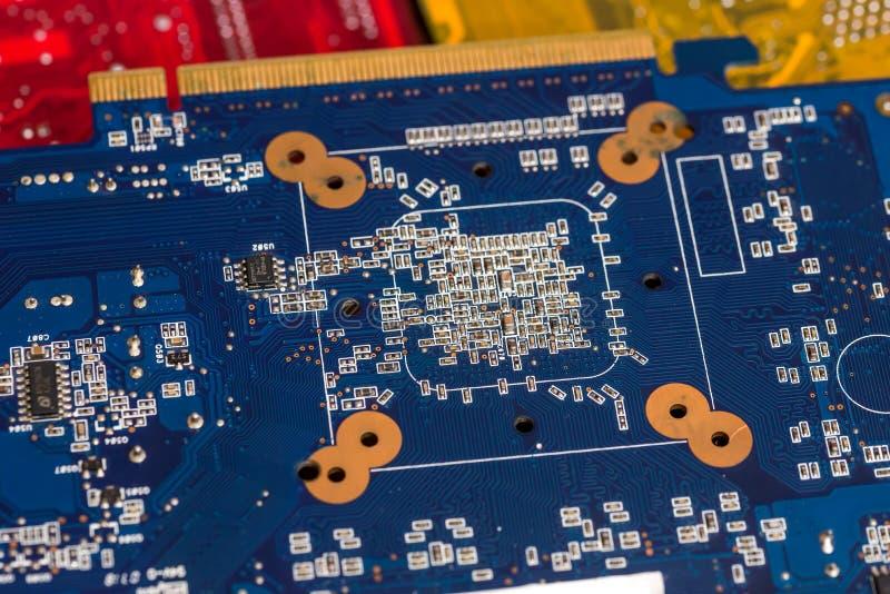 Blått datormoderkort arkivbilder