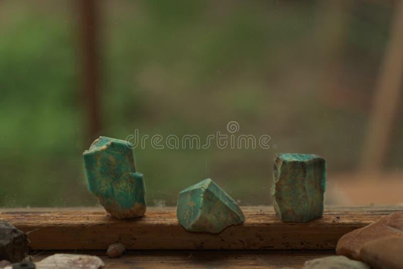 Blått-gräsplan Amazonite kristaller från Colorado royaltyfri foto