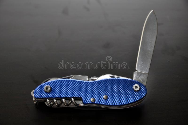 blått knivfack royaltyfri fotografi