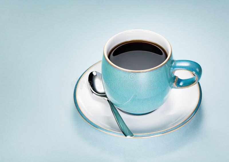 Blått kuper av kaffe arkivfoto
