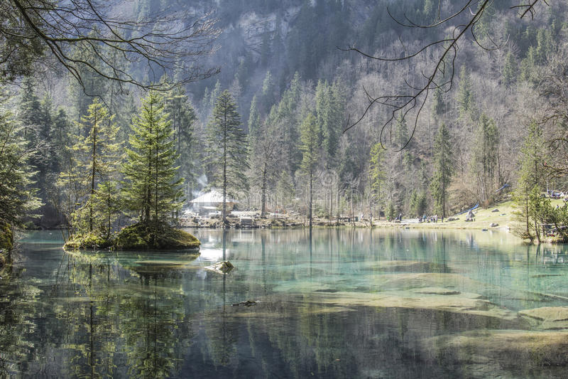 Blått Lake arkivfoto