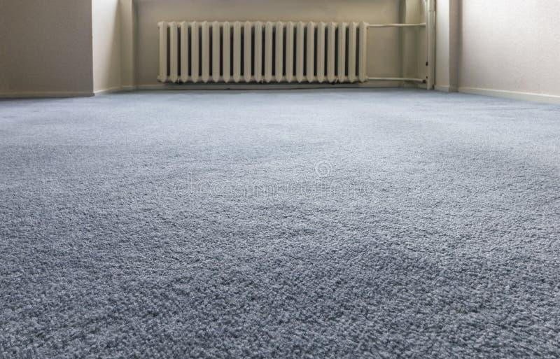 Blått mattgolv