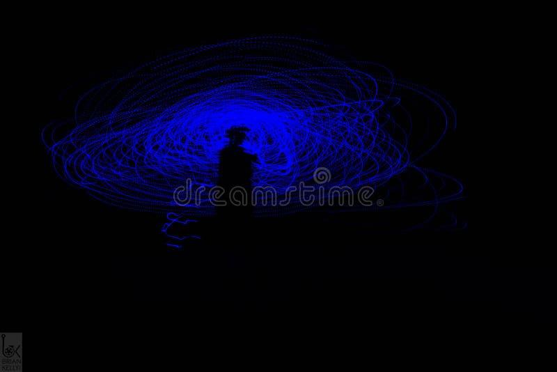 Blått och purpurfärgat universum arkivbild