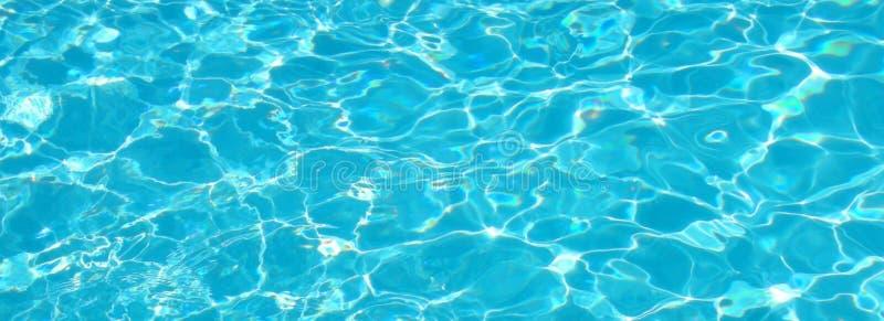 blått sparkling vatten för aqua royaltyfria foton