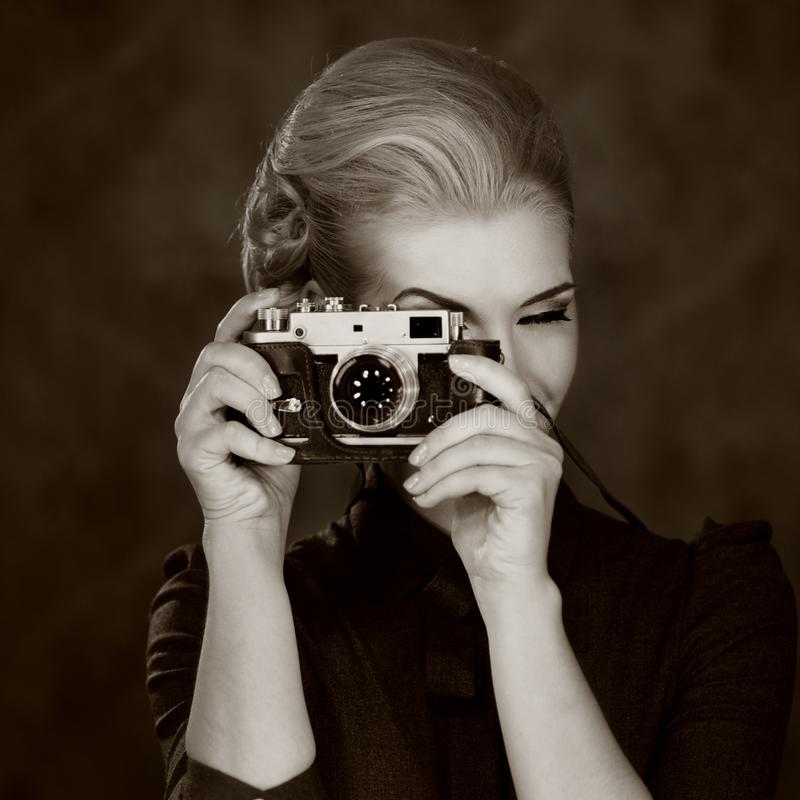 Free Black And White Picture Of A Woman With Camera Stock Photography - 25051082