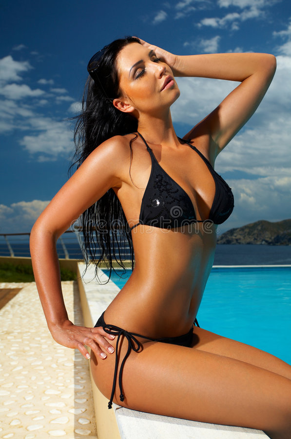 Free Black Bikini Girl Stock Images - 3032204