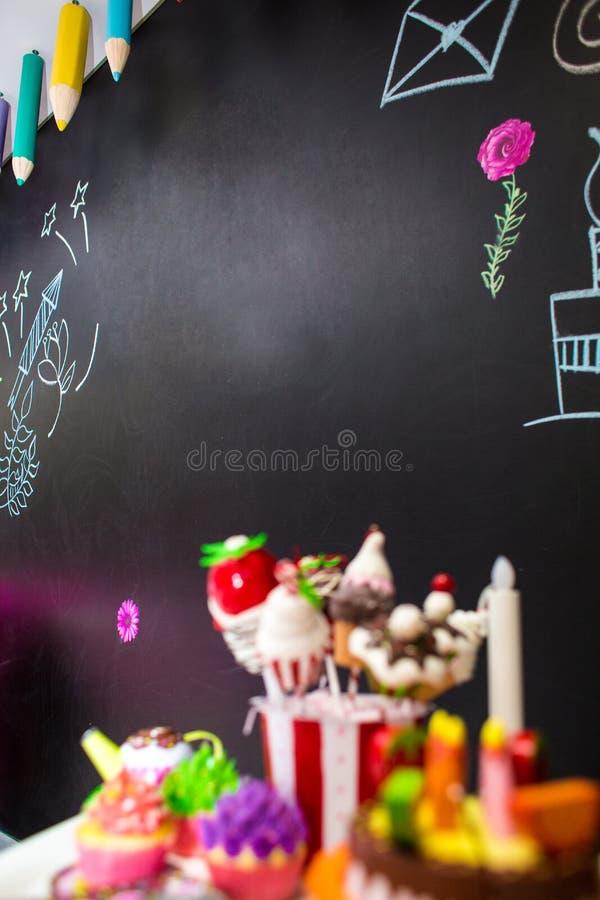 Black Board für Glückwünsche von einer Kreide geschrieben stockfoto