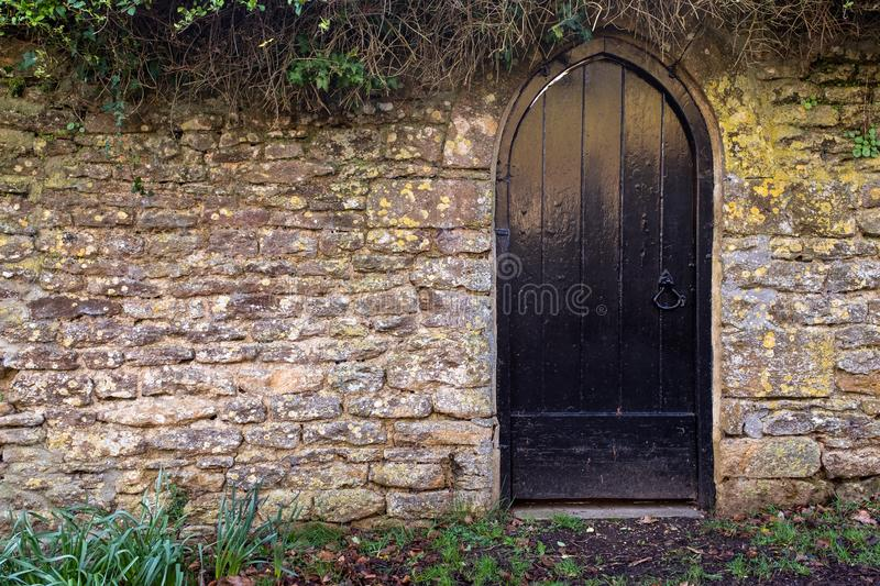 An English Walled Garden Stock Image Image Of Archway