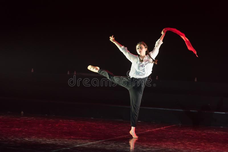Red scarf 32-Lilac Dance Drama. Black humor and absurd rural magic realism, dance drama expresses the barbaric stories of the education circle, and the common stock image