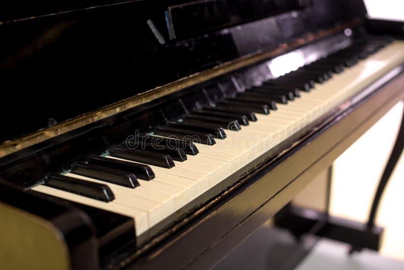 Download Black Ivory Keys Piano White Στοκ Εικόνες - εικόνα από κανένας, ύφος: 105450754