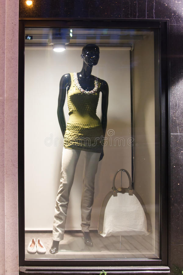 Free Black Mannequin Royalty Free Stock Images - 16157699