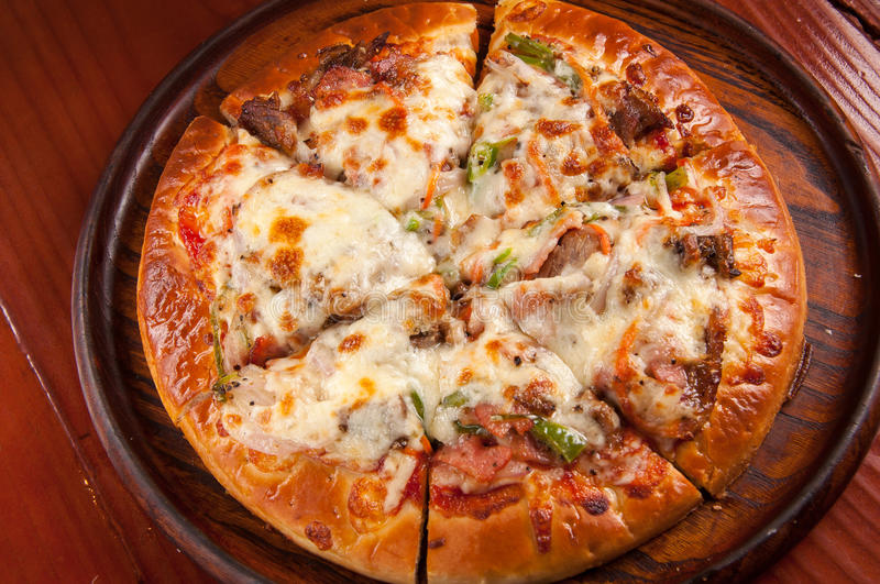 Black pepper beef pizza stock image
