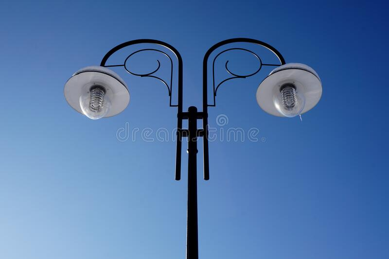Black Post Lamp Turned Off During Day Time Free Public Domain Cc0 Image