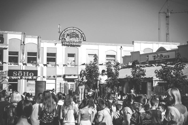 Black And White Photo Of Soho Crowd Free Public Domain Cc0 Image