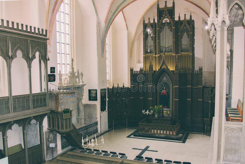 Black Wooden Church Altar Free Public Domain Cc0 Image
