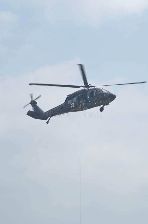 Blackhawk räddningsaktionhelikopter royaltyfria foton