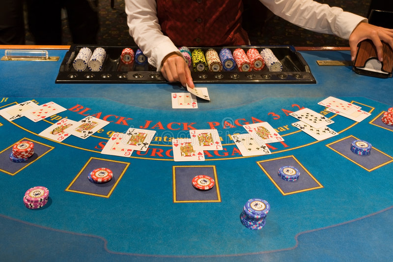 blackjack πίνακας παιχνιδιού στοκ φωτογραφία με δικαίωμα ελεύθερης χρήσης
