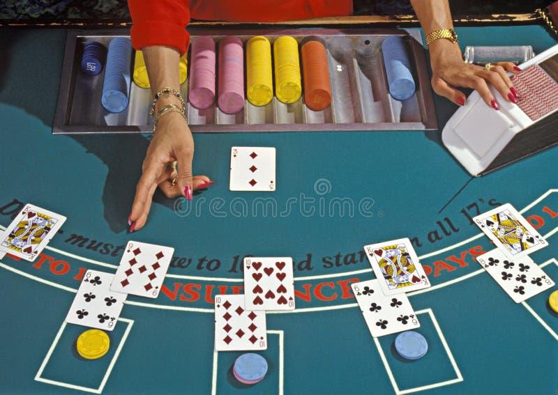 Blackjackhändler lizenzfreie stockbilder