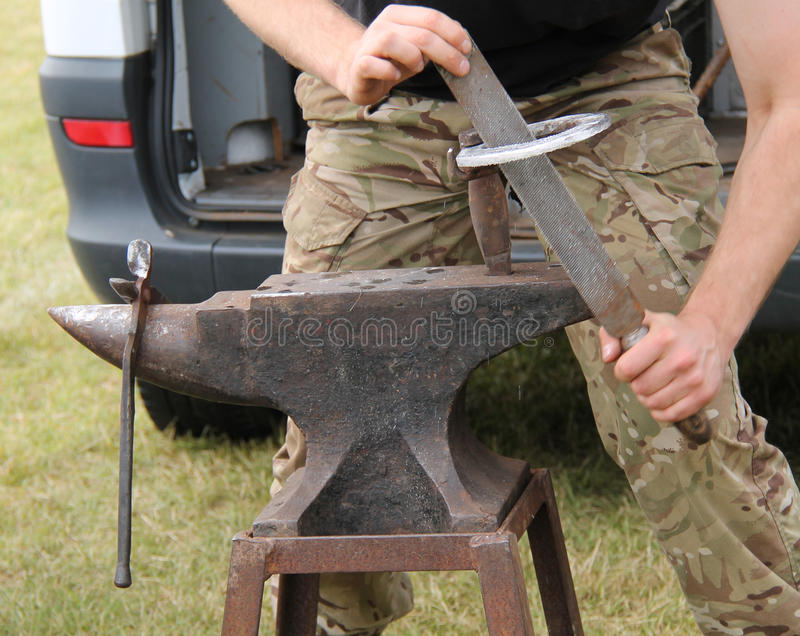 List of Synonyms and Antonyms of the Word: Blacksmith Anvil