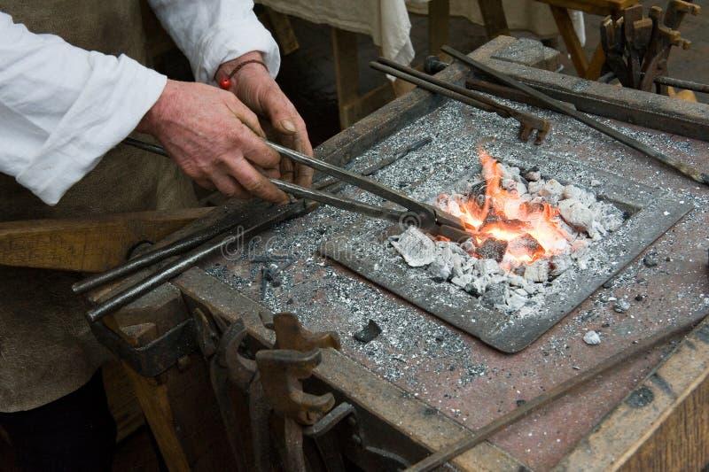 Blacksmith przy pracą obrazy royalty free