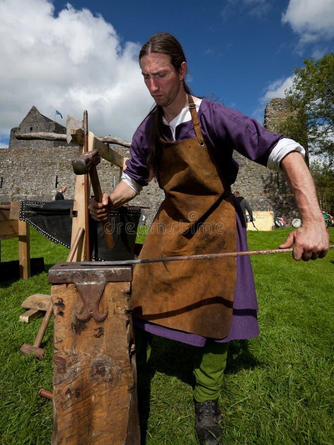 blacksmithing的查理显示gallagher 免版税库存照片