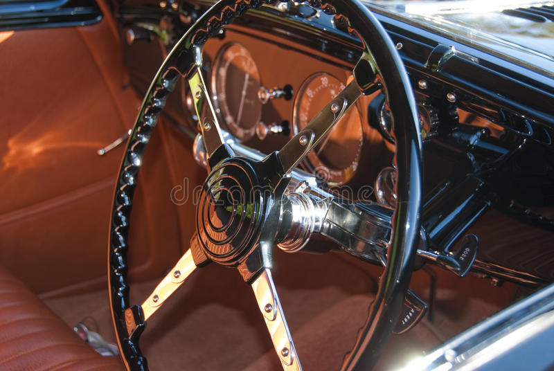 Blacl and chrome steering wheel