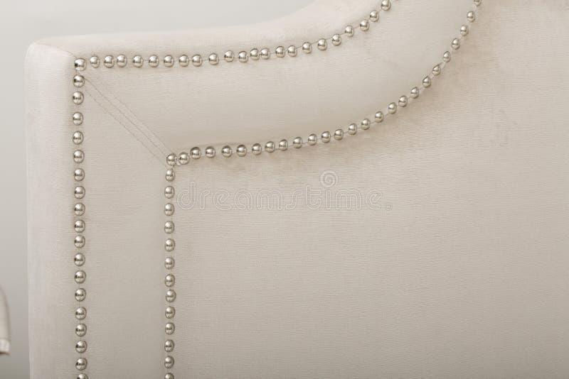 Bladreeks, Wit - het Blad plaatst - Bladen & Hoofdkussengevallen, het Witte Gestreepte katoen van bedbladen - Beeld stock fotografie