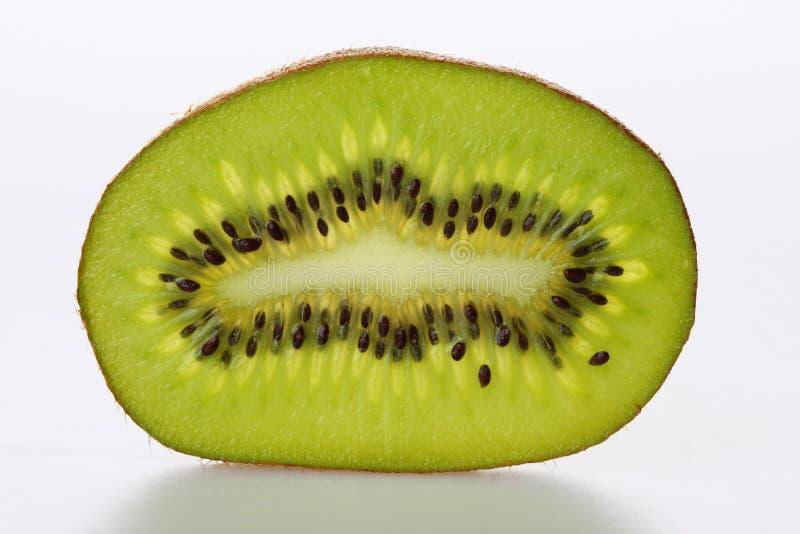 blanc découpé en tranches par kiwi photo stock