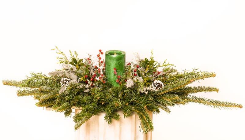 blanc d'isolement de fête de bande de décoration d'enroulement de Noël photos stock