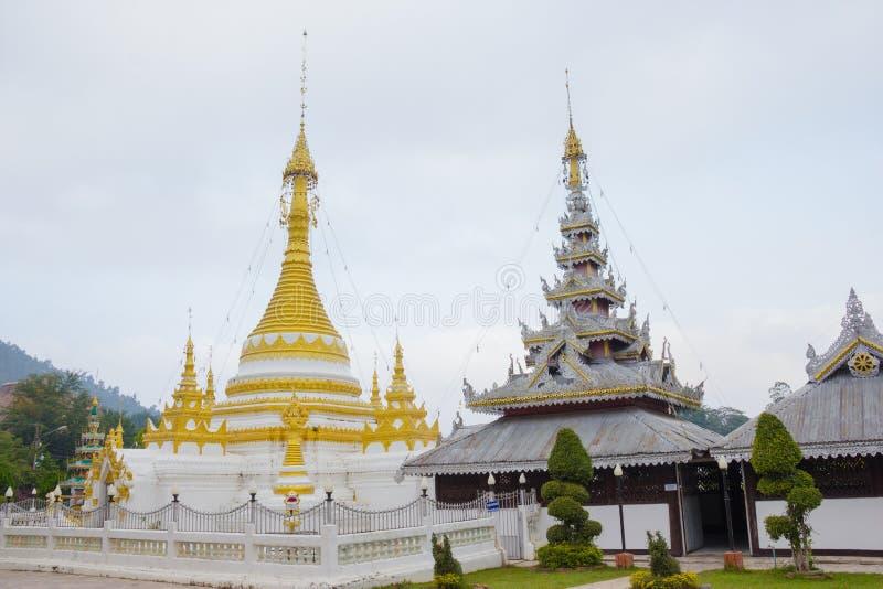Blanc de pagoda de Wat Chong Klang, Mae Hong Son, Thaïlande photographie stock