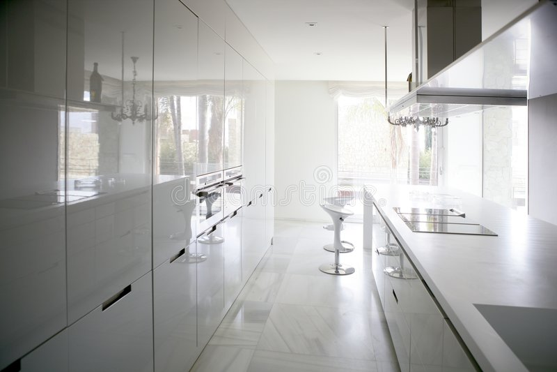 blanc moderne de grande cuisine contemporaine images stock